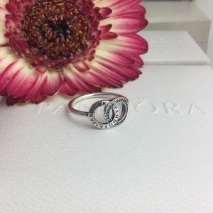 Authentic pandora ring size 7